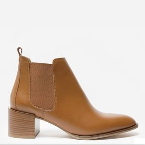 Everlane The Heel Boot in Cognac